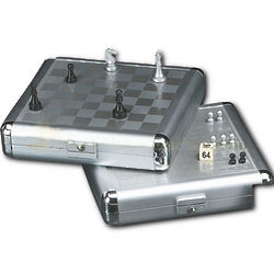 Magnetic Chess and Backgammon Set