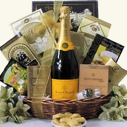 Veuve Clicquot Brut Champagne Gift Basket
