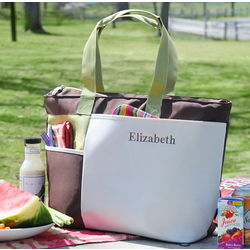 Mom's Personalized Insulated Picnic Tote