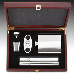 5 Piece Flask and Cigar Boxed Gift Set