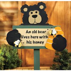 """""""Old Bear"""" Yard Stake"""