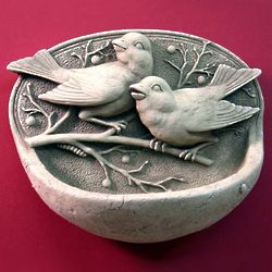 Stone Songbirds Wall Bird Feeder