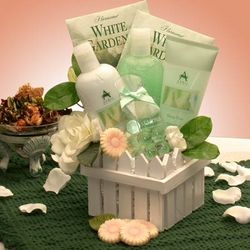 Spa Delights Aromatherapy Gift Basket