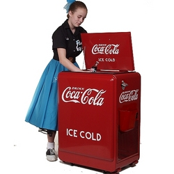 Refrigeration Model Classic Coke Machine
