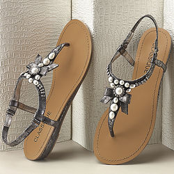 Pearls and Bow Sandal