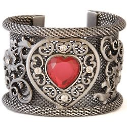 Medieval Heart Mesh Metal Bracelet