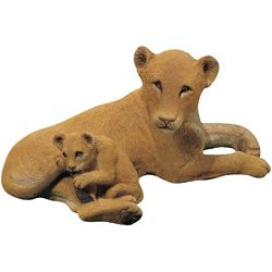 Forever Friends Lion with Cub Sculpture