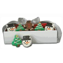 Decorated Christmas Mini Cakes