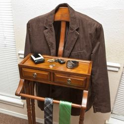Gentlemans Wood Valet Stand