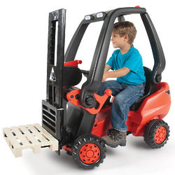 Working Pedal Powered Toy Forklift
