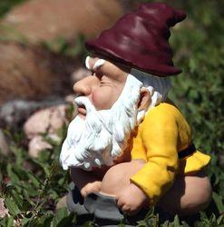 Squatting Gnome