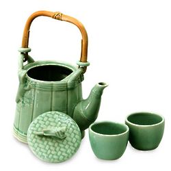 Cricket And Gecko in Green Ceramic Tea Set