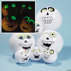 Glow in the Dark Inflatable Skull Beach Balls