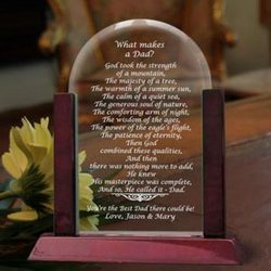 Personalized What Makes a Dad Glass Arch Keepsake