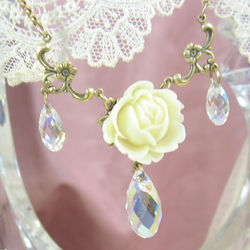 Ivory Rose Necklace