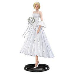 Marilyn Monroe As Lorelei Lee Blissful Bride Figurine