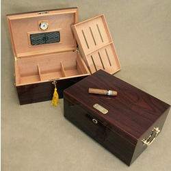 Engravable Desktop Humidor with Handles