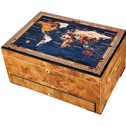 World Traveler Humidor