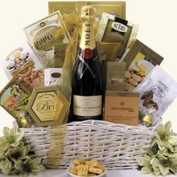 Simply Chic Moet & Chandon Imperial Champagne Gift Basket