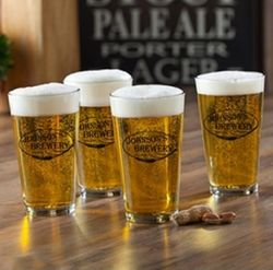 4 Weizen Personalized Pub Glasses