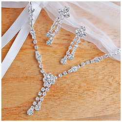 Elegant Moments Jewelry Set