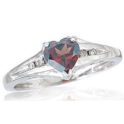 14 kt White Gold Diamond and Heart Shaped Mystic Topaz Ring