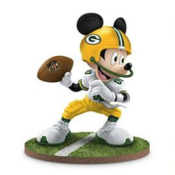 Mickey Mouse Green Bay Packers Quarterback Hero Figurine