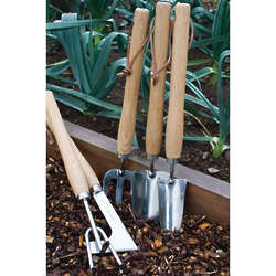 5 Piece Long Handled Garden Tool Set