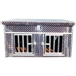 Heritage Deluxe Aluminum Diamond Plate Dog Box