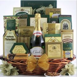Gourmet Sophisticate Champagne Gift Basket