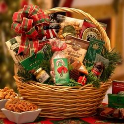 Holiday Celebrations Small Gift Basket