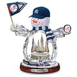 MLB New York Yankees Crystal Snowman Figurine