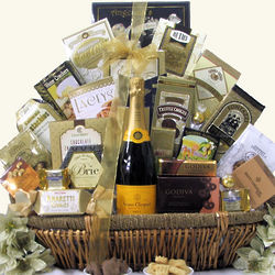 Grand Gourmet Veuve Clicquot Ponsardin Champagne Gift Basket