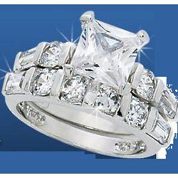 Diamond Z4 Cubic Zirconia Bridal Ring Set