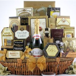 Grand Gourmet Champagne Gift Basket