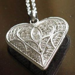 'In My Heart' Silver Filigree Necklace
