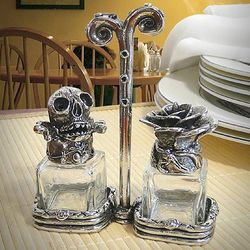 Skull and Rose Rock 'n Roll Salt and Pepper Shakers