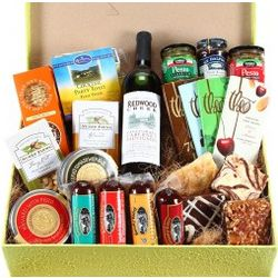 Gourmet Feast with Sustainable Wine Gift Box