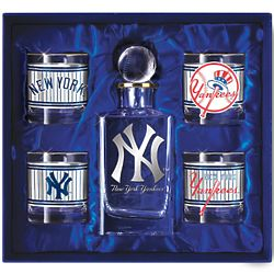 New York Yankees Decanter and 4 Glasses Set
