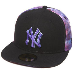 Men's Black New York Yankees Space Midder Fitted Cap