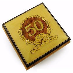 22 Note 50th Anniversary Musical Jewelry Box with Gold Wreath