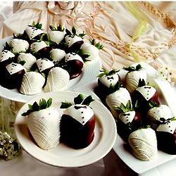 Two Full Dozen Wedding Chocolate Strawberries