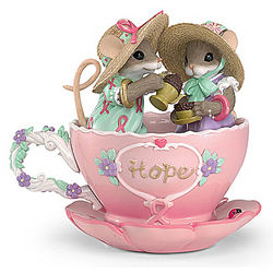 A Cup of Hope Charming Tails Breast Cancer Charity Mouse Figurine