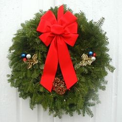 "American Pride 24"" Balsam Fir Holiday Wreath"