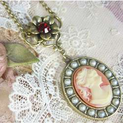 Lady Mary Cameo Necklace