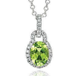 14k White Gold Elegant Peridot Diamond Necklace
