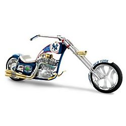 New York Yankees Pennant Fever Chopper Figurine
