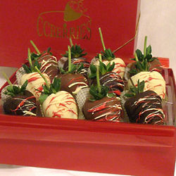 Valentine's Day Chocolate Strawberry Gift Box
