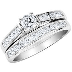 1/2 Carat Diamond Engagement Ring and Wedding Band Set