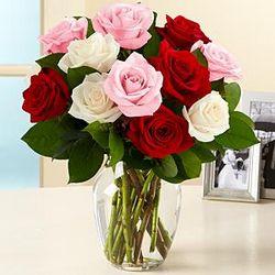One Dozen Sweetheart Roses Bouquet